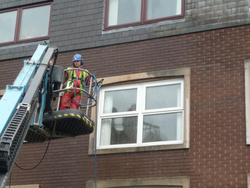Aqua-Bright Cleaning Ltd - Window Cleaners - 03